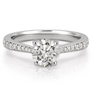 tapered engagement ring with tapering diamonds
