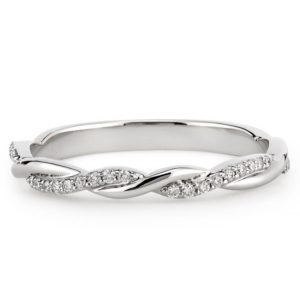 wedding band with twist and pave diamonds in platinum