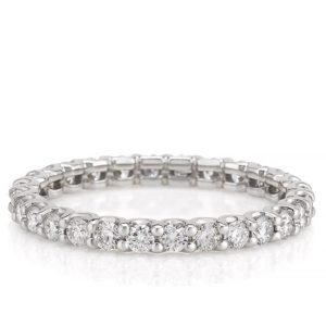 scalloped eternity band with 2mm round lab diamond in platinum