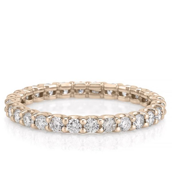 scalloped eternity band with 2mm round lab diamond in rose gold